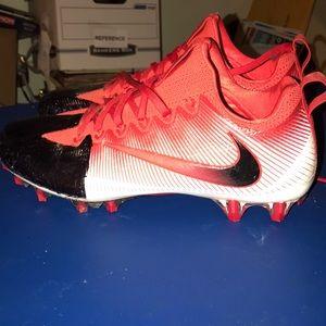 Nike NikeFB  football cleats - size 10
